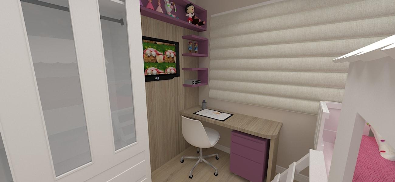 Dormitório da menina com escrivaninha